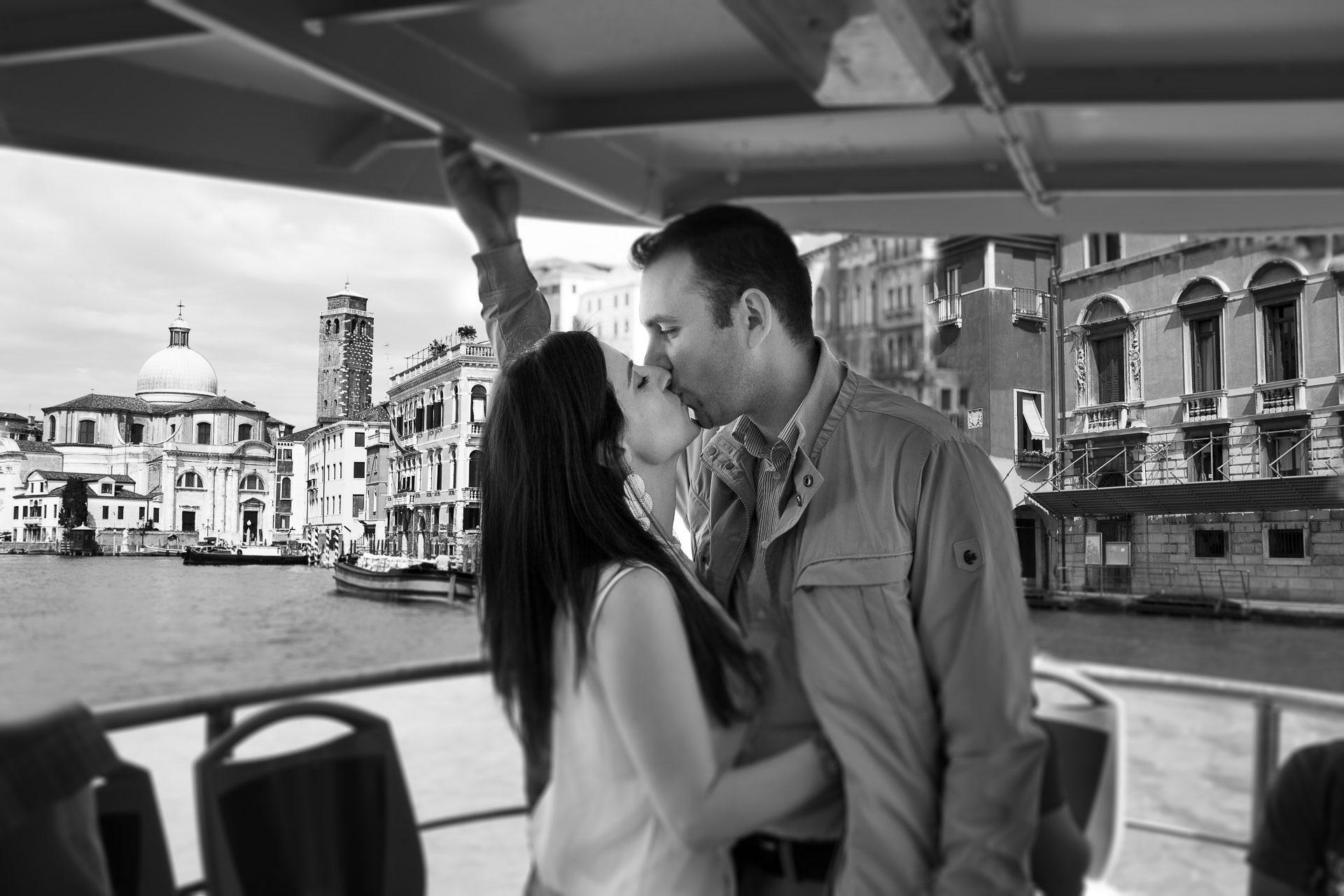 Love Boat Venezia Engagement Shooting