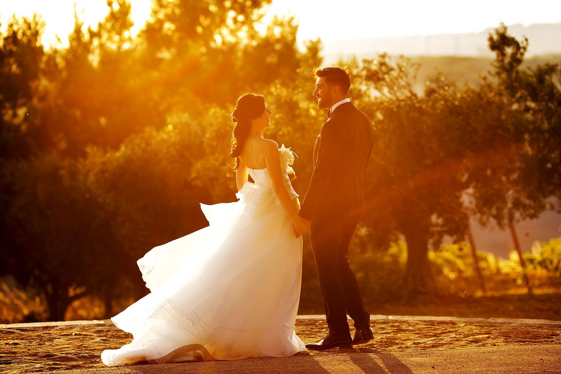 Fotografia Tramonto con sfondo gli Sposi