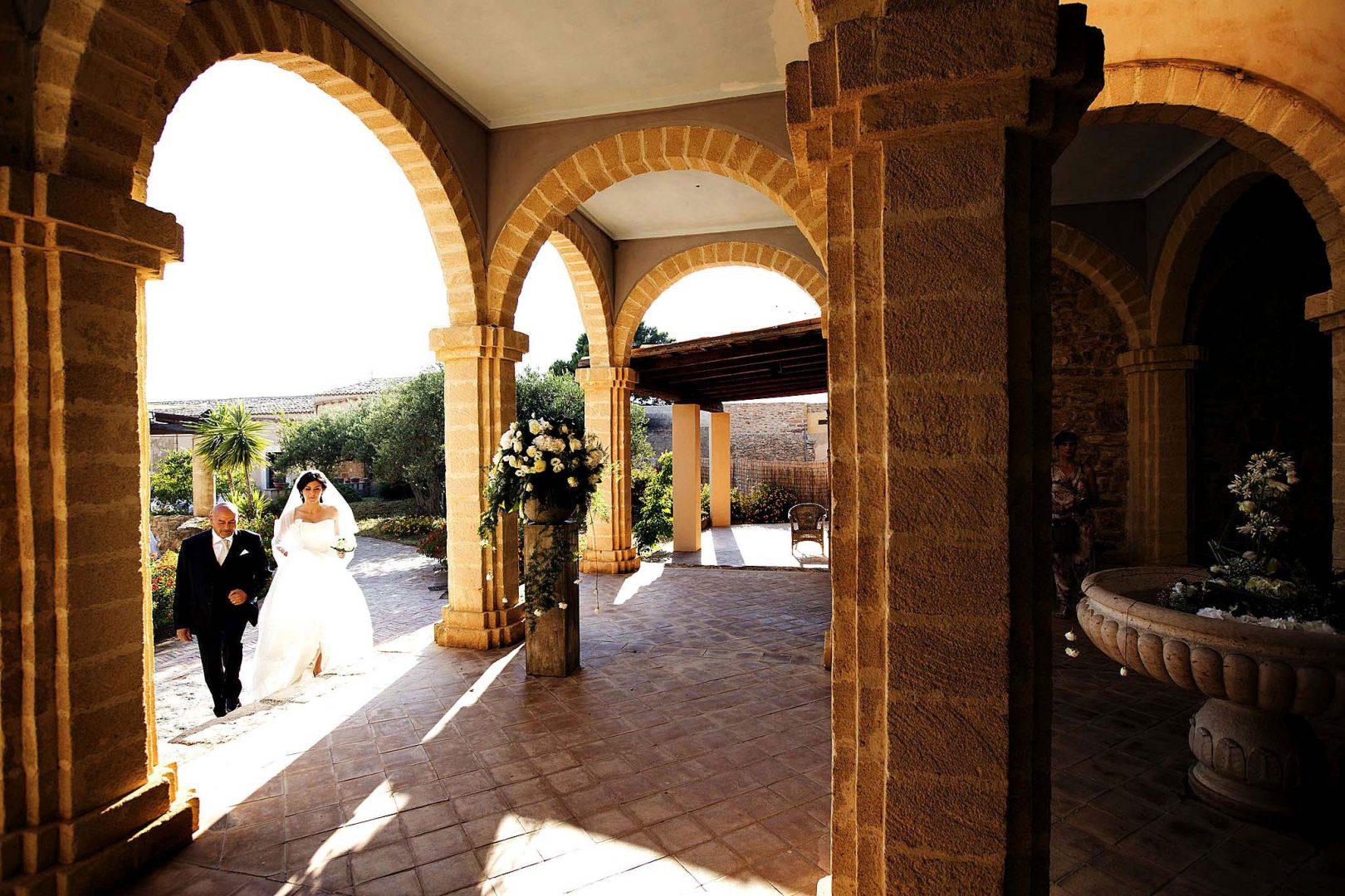 Arriva la sposa! Foto di Nino Lombardo