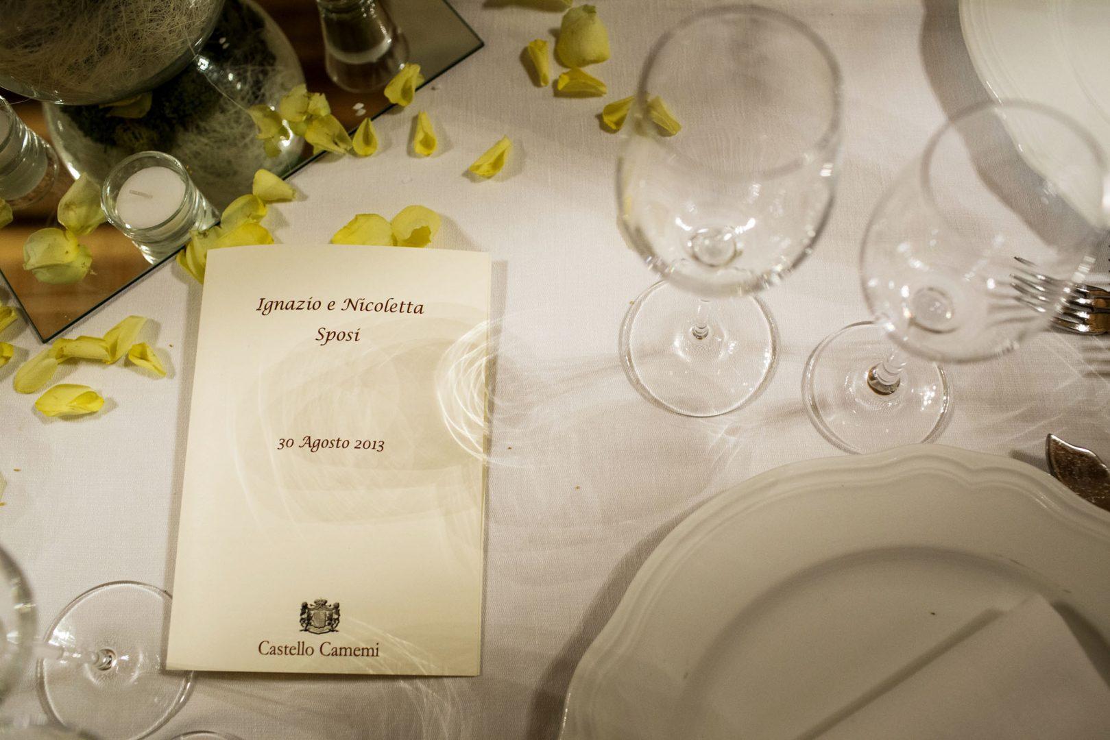 Particolare del tavolo. Nino Lombardo fotografo matrimonio a Modica