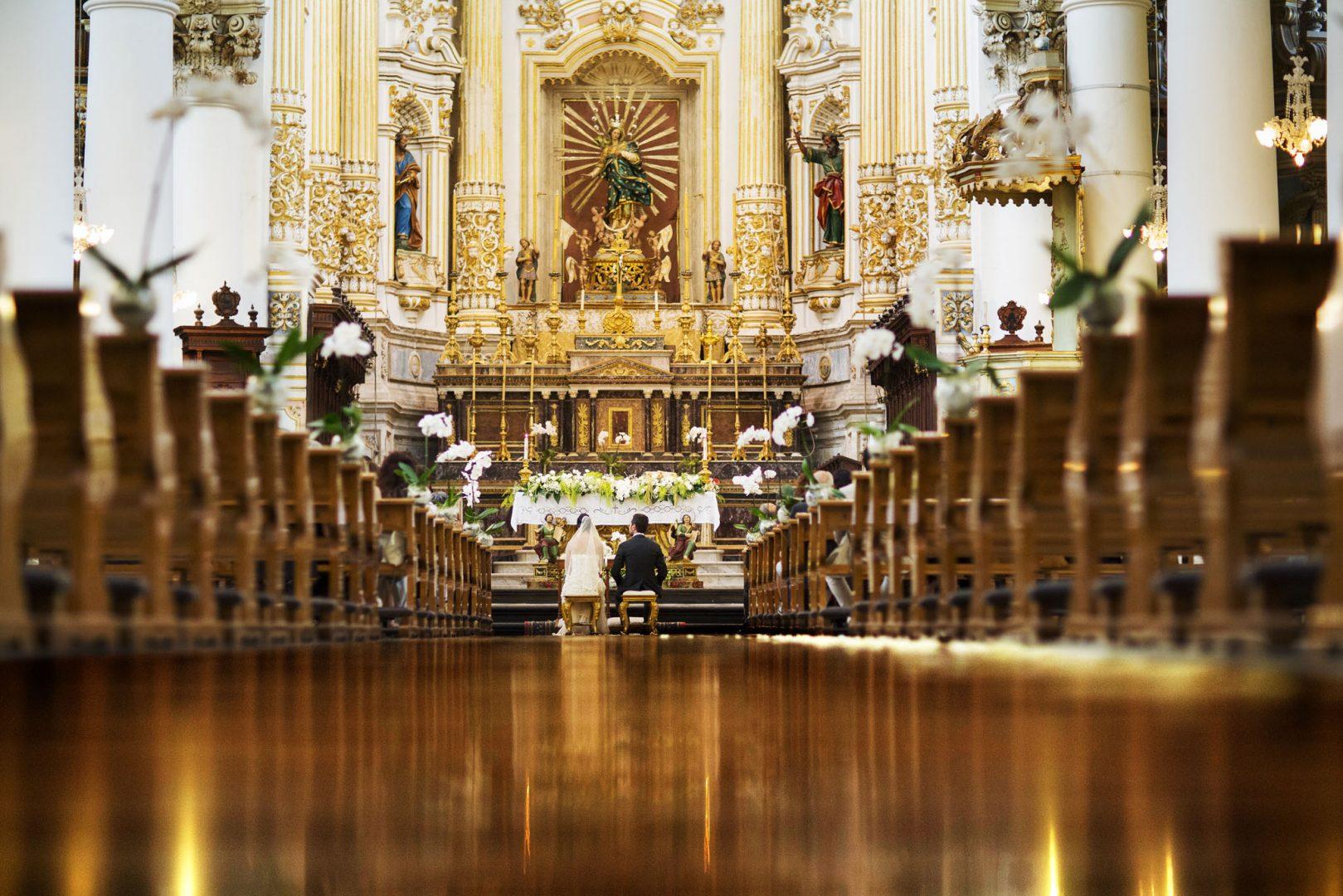 L'interno della chiesa. Nino Lombardo fotografo matrimonio a Modica