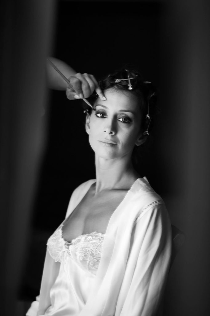 Bridal makeup, black and white photography for the 30s wedding by Nino Lombardo