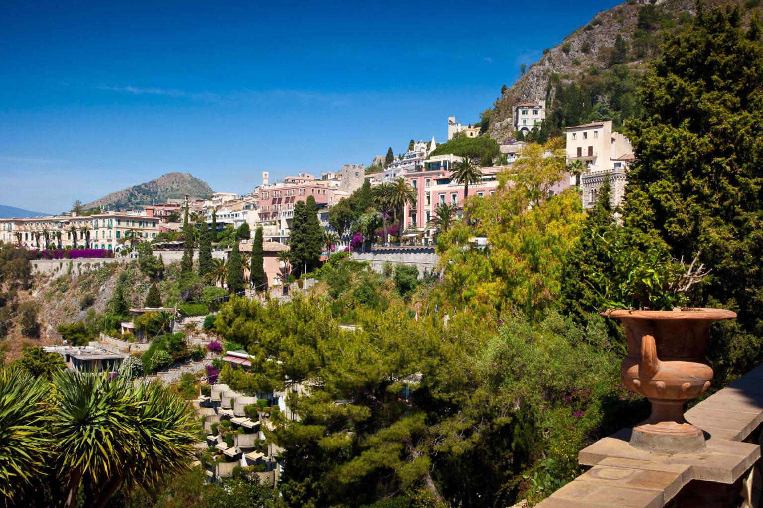 Taormina high, photograph by Nino Lombardo