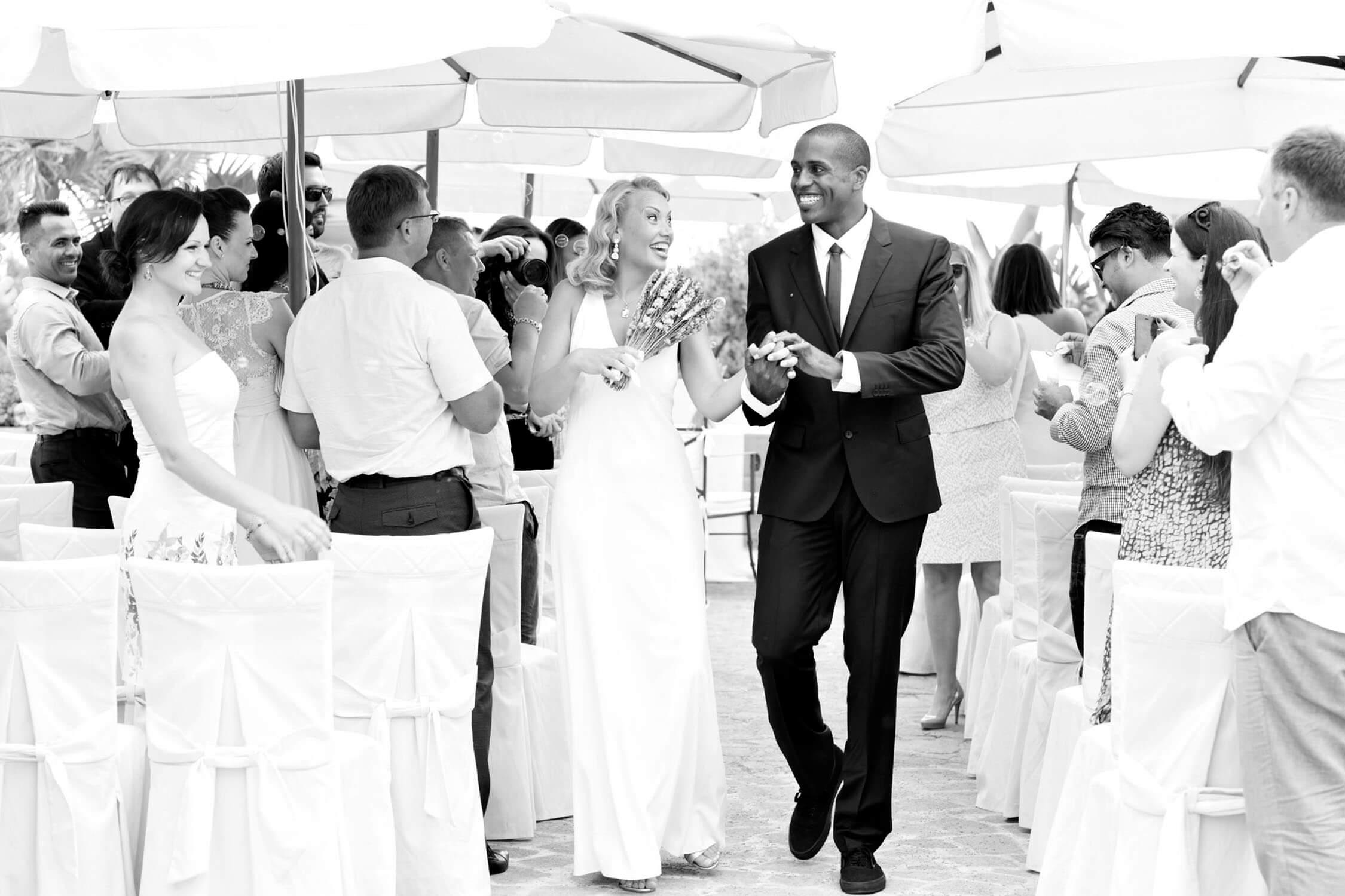 Viva gli sposi! Fotografia di Nino Lombardo per matrimonio in Sicilia Nino Lombardo