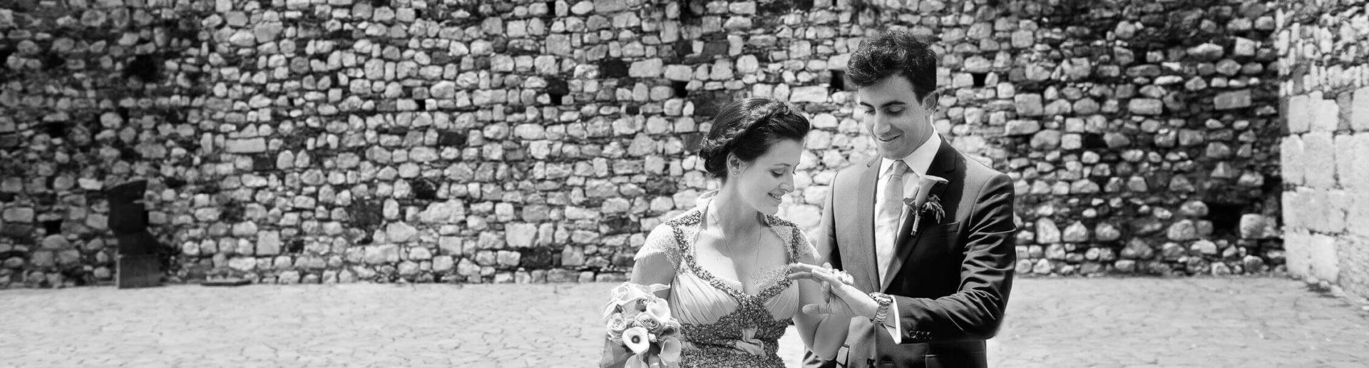 Sposi in Sicilia, foto bianco e nero per matrimonio di Nino Lombardo