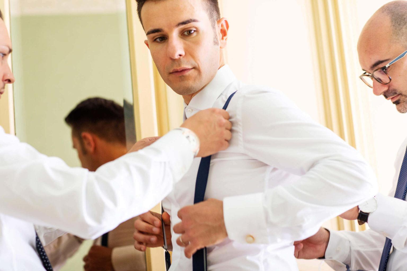 Preparativi a casa dello sposo, foto di Nino Lombardo