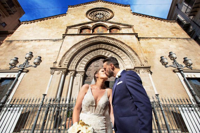 Sposi a Sa Francesco a Palermo, foto per matrimonio di Nino Lombardo