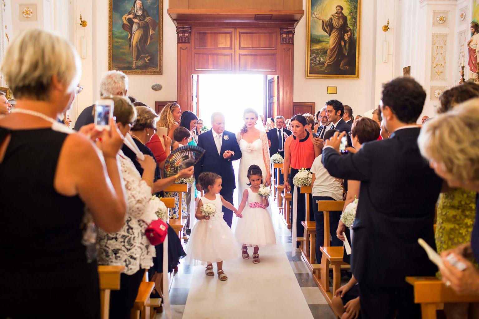 Fotografo a Menfi per cerimonia di matrimonio religioso in chiesa
