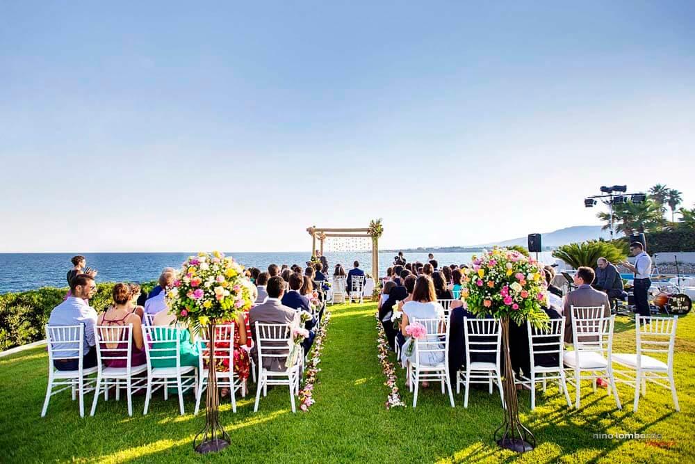How to organize a symbolic wedding in Syracuse, photographer Nino Lombardo